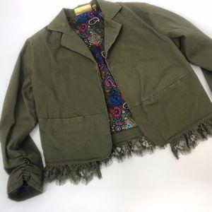 Vera Wang Princess green lace crop jacket. xs